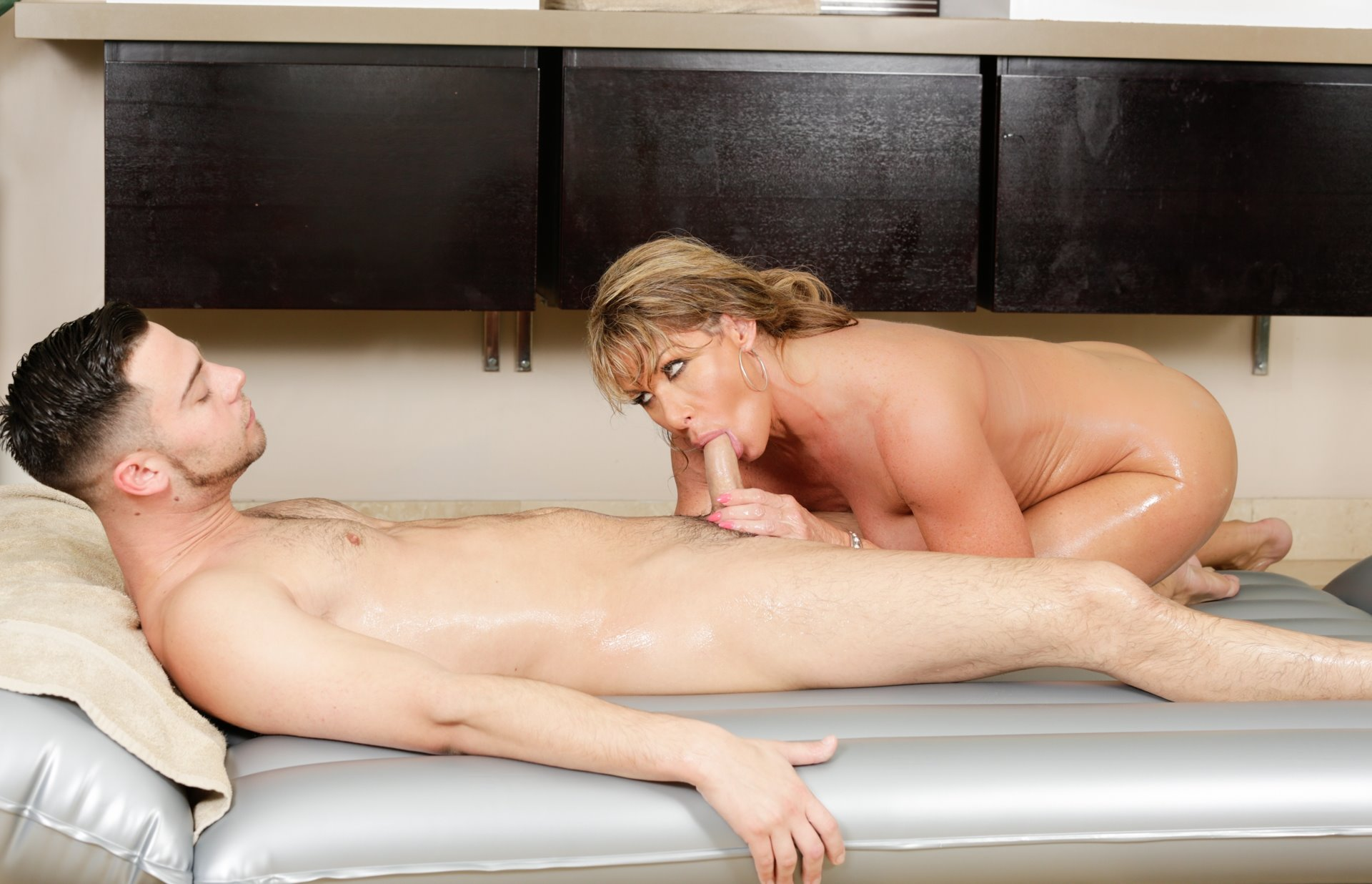 video nuru massage milf area