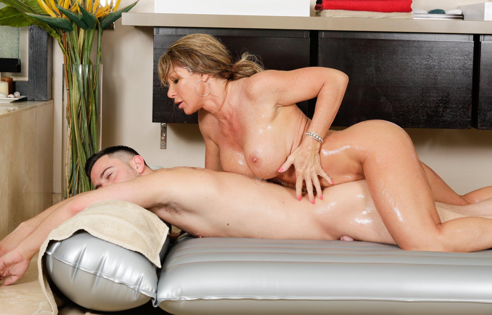 sensual-massage