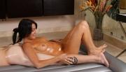 nunu-massage-oily-masseuse