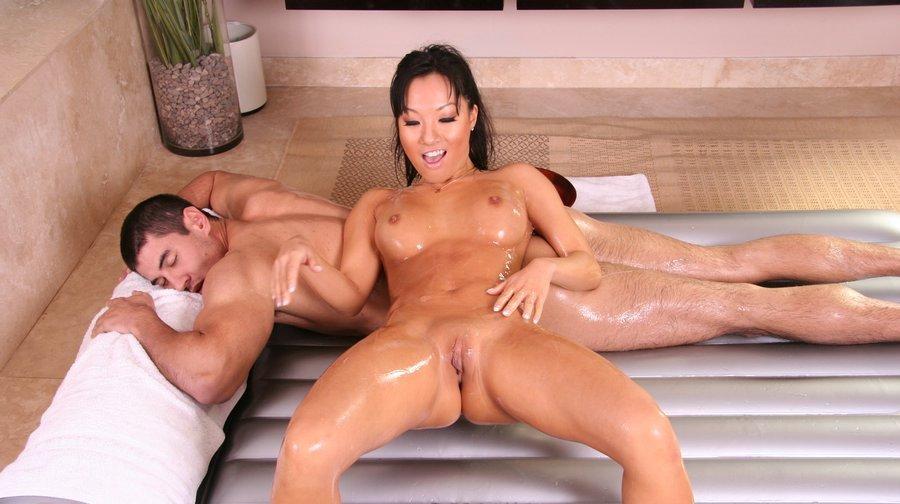 nuru-videos-asa-akira-oily-massage