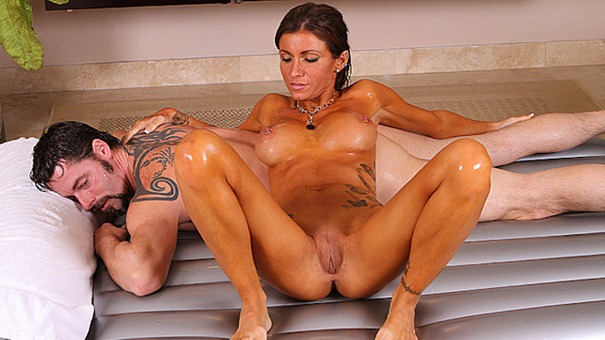Alyiah Stone spreads her legs for the camera